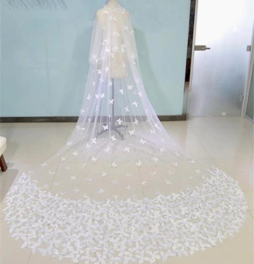 Long White/Ivory 2t Butterfly Cathedral 10ft-16ft Bridal Veil Image 1