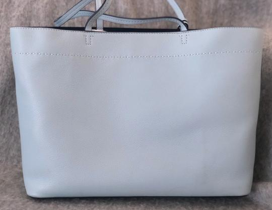 Tory Burch Tote in baby blue Image 7