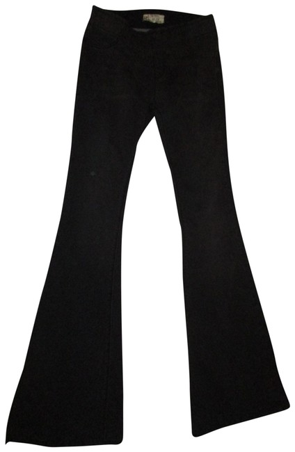 Item - Black/Gray Dark Rinse Stretchy Pull On Flare Leg Jeans Size 26 (2, XS)