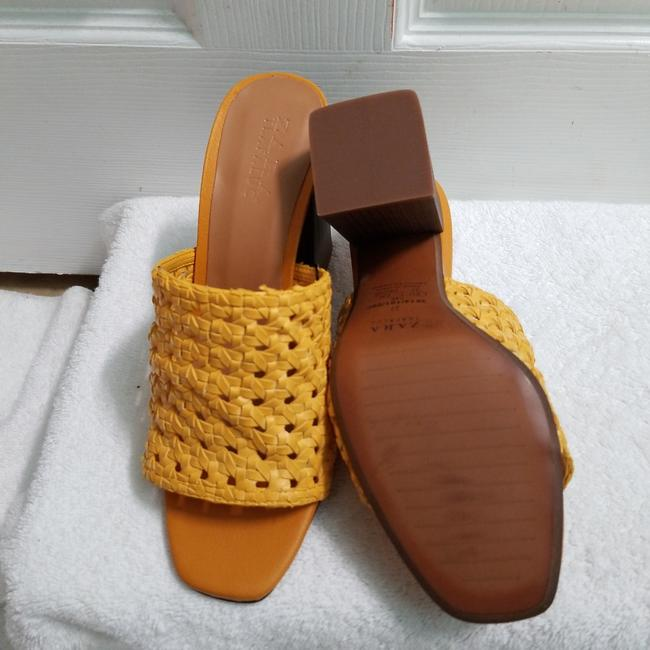 Zara Yellow Special Edition (3614) Mules/Slides Size US 6.5 Regular (M, B) Zara Yellow Special Edition (3614) Mules/Slides Size US 6.5 Regular (M, B) Image 9
