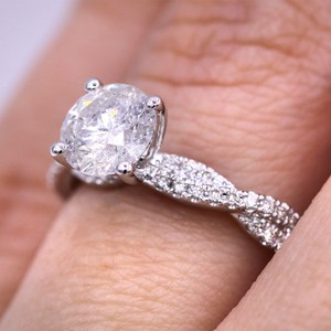 White Gold 1.29cts Fascinating Pave Twist Diamond Engagement Ring