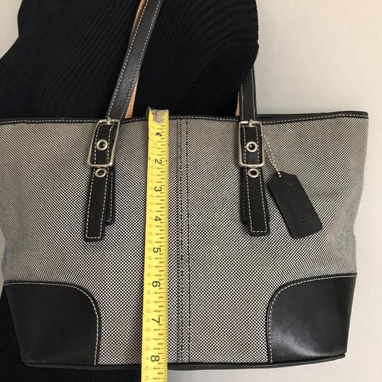 Coach Tote in Gray Image 9