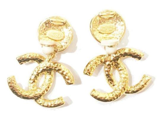Chanel Chanel Vintage Gold Plated CC Textured Clip on Earrings Image 2