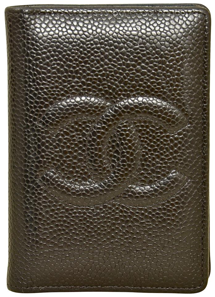 e5d310c73a9 Chanel Black Caviar Leather Cc Logo Low Profile Slim Compact Bifold Wallet