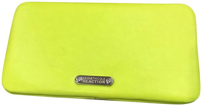 Item - Lime Green/Yellow Wallet