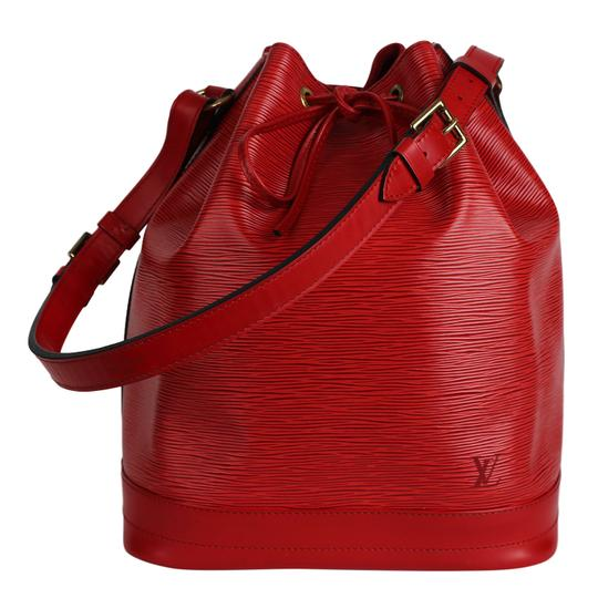 Preload https://img-static.tradesy.com/item/25535276/louis-vuitton-bucket-bag-epi-noe-7442-red-leather-tote-0-1-540-540.jpg