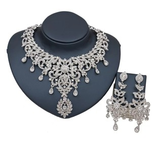 Silver & Clear Austrian Crystal Necklace Earrings Turkey Choker Jewelry Set