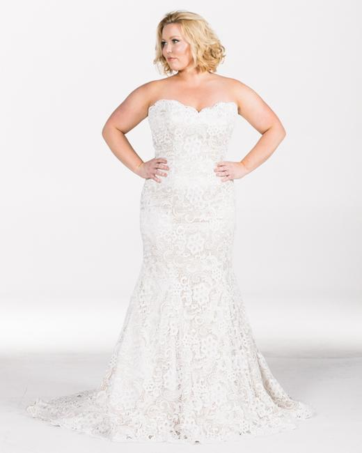 Item - May Trumpet Lace Gown Formal Wedding Dress Size 20 (Plus 1x)