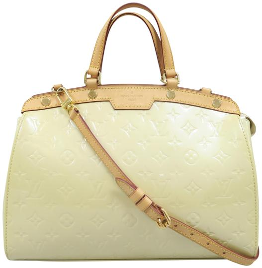 Preload https://img-static.tradesy.com/item/25536331/louis-vuitton-brea-mm-perle-vernis-satchel-0-1-540-540.jpg