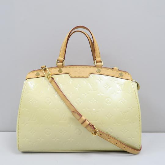 Louis Vuitton Lv Brea Mm Vernis Satchel in Perle Image 1