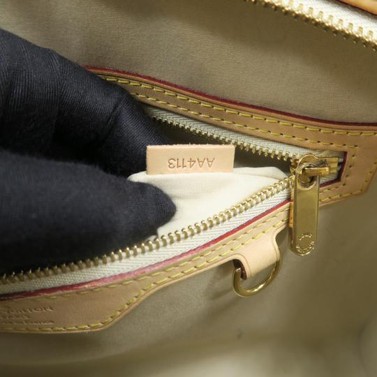 Louis Vuitton Lv Brea Mm Vernis Satchel in Perle Image 10