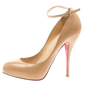 292fd763a31 Women's Christian Louboutin Shoes 7.5