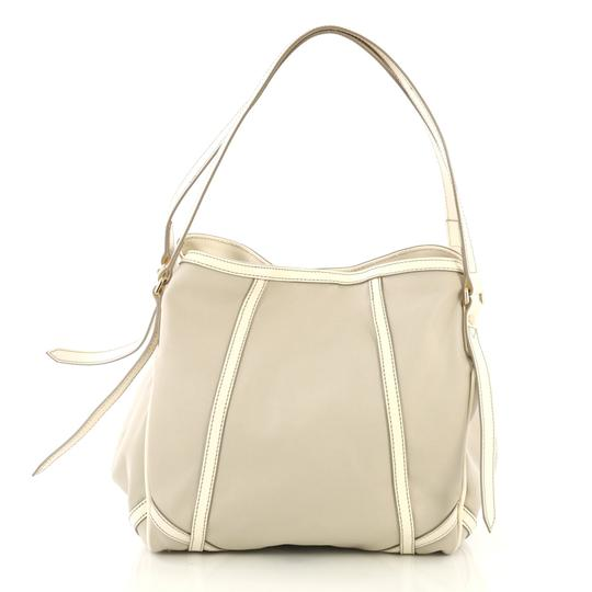 Burberry Canterbury Tote in Gray Image 2