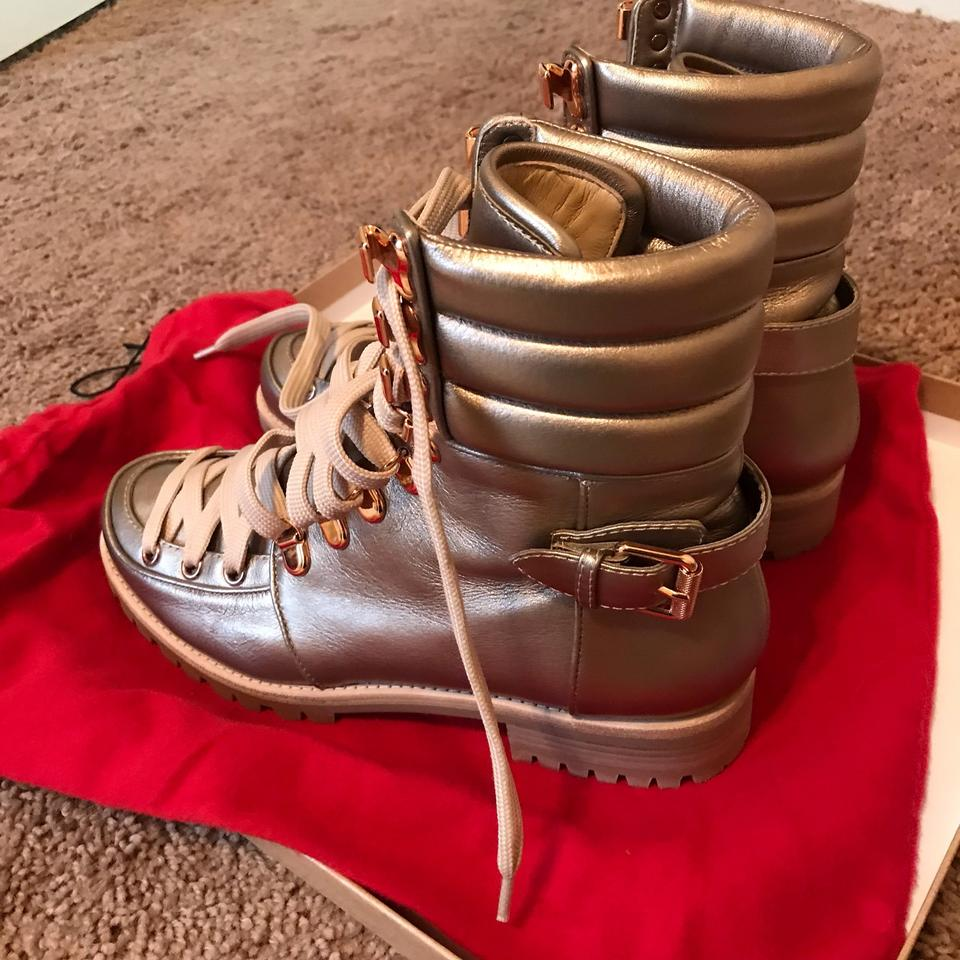 the latest 9fc7e 9c076 Christian Louboutin Gold Who Runs Flat Colombe Lace Up Hiking Boots/Booties  Size US 7.5 Regular (M, B) 37% off retail