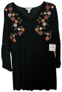 Arizona Tunic Tunic Embroidered Flowers Embroidered Floral Tunic Top Black / Multicolor