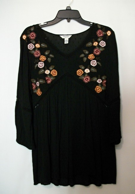 Arizona Tunic Tunic Embroidered Flowers Embroidered Floral Tunic Top Black / Multicolor Image 10