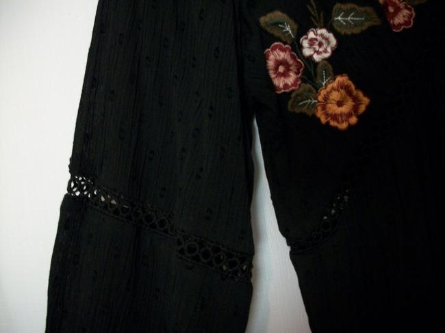 Arizona Tunic Tunic Embroidered Flowers Embroidered Floral Tunic Top Black / Multicolor Image 5