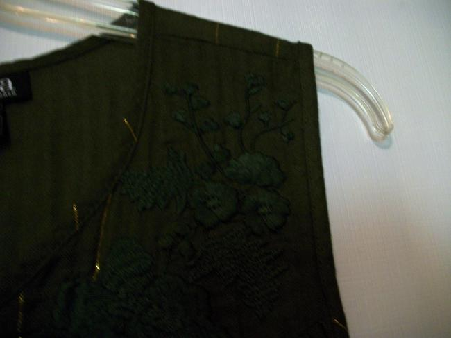 a.n.a. a new approach Sleeveless Sleeveless Ruffle Embroidered Top Green Image 3