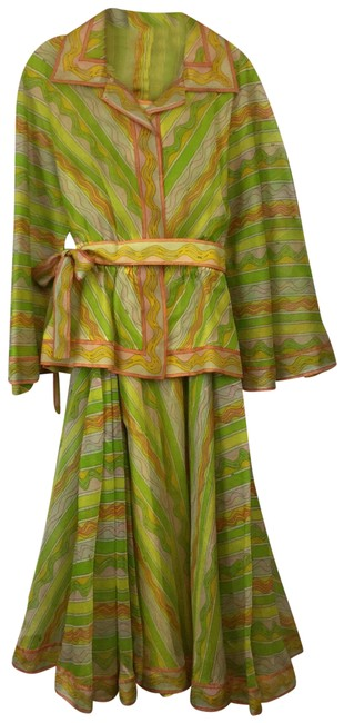 Preload https://img-static.tradesy.com/item/25538081/emilio-pucci-green-vintage-silk-outfit-skirt-suit-size-10-m-0-1-650-650.jpg