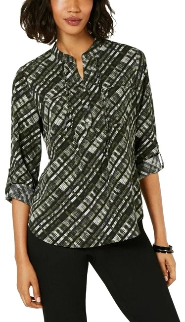 Preload https://img-static.tradesy.com/item/25538147/ny-collection-green-utility-blouse-size-petite-4-s-0-1-650-650.jpg