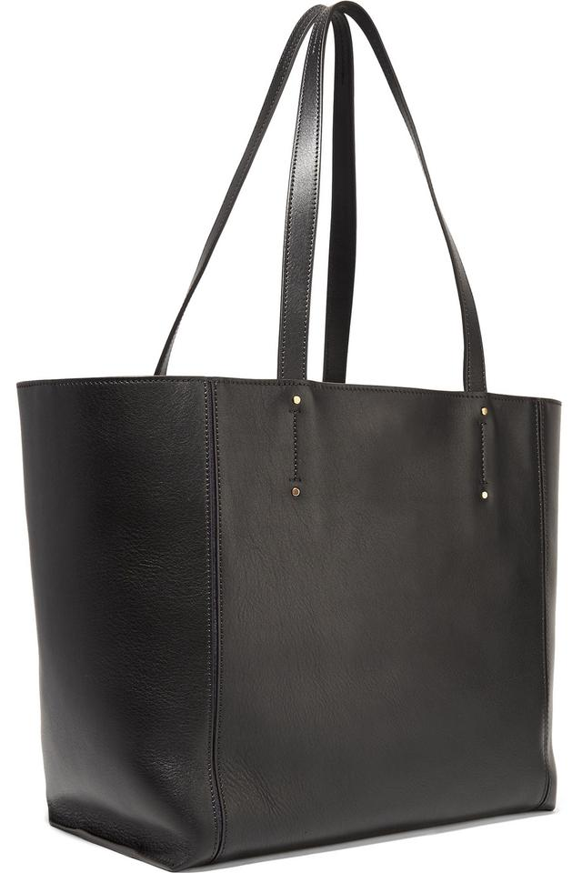 c925abc24 Chloé Milo Medium Leather Tote in black Image 11. 123456789101112