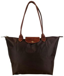 157be57c245 Longchamp Shoulder Bags - Up to 70% off at Tradesy