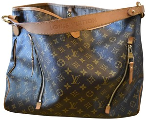 dd87562cf55 Louis Vuitton Bags on Sale - Up to 70% off at Tradesy