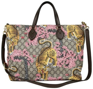 3a42b1484b Gucci Beige/Brown Bengal Gg Supreme Large Tote in Beige/Brown