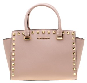 1d1579f5b5 Michael Kors on Sale - Up to 80% off at Tradesy