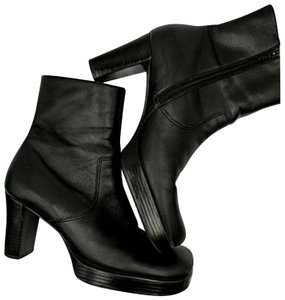 Gianni Bini Ankle Leather Platform Platform Black Boots