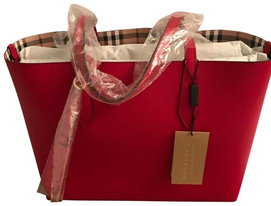Preload https://img-static.tradesy.com/item/25544377/burberry-colours-reverse-red-leather-and-haymarket-check-canvas-tote-0-1-540-540.jpg