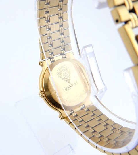 Gucci Non Working 9200m Gold Watch Image 3