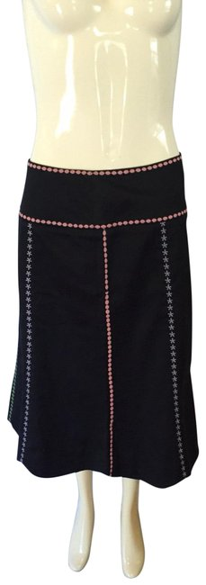 Preload https://img-static.tradesy.com/item/25547933/black-and-pink-skirt-size-8-m-29-30-0-1-650-650.jpg