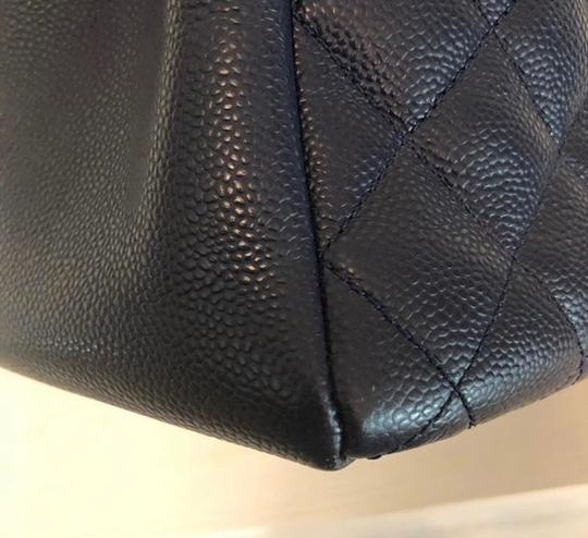 Chanel Tote in Navy Blue Image 5