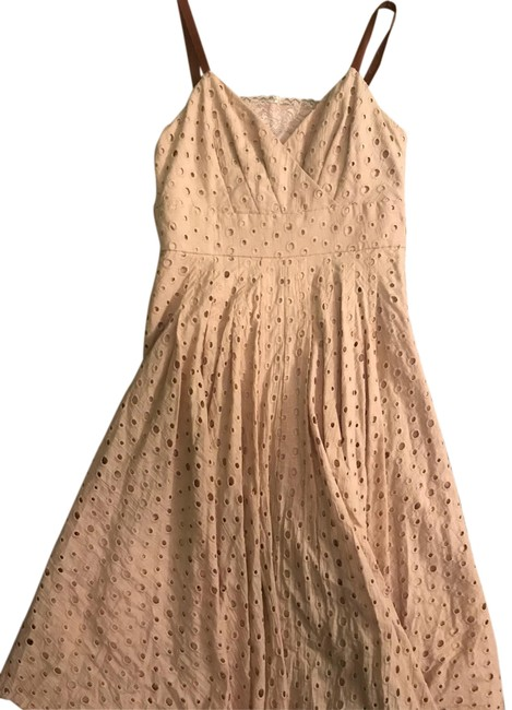 Item - Tan with Camel Faux Leather Straps Eyelet Mid-length Cocktail Dress Size 8 (M)