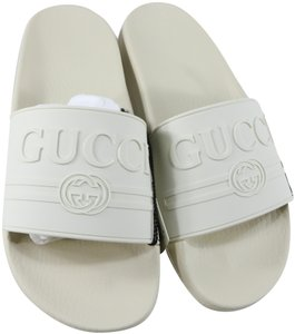 0c695f045 Gucci Sandals Flat Up to 90% off at Tradesy