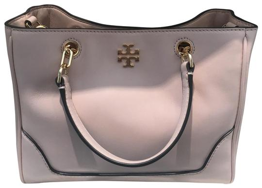 Preload https://img-static.tradesy.com/item/25548968/tory-burch-small-carter-shell-pink-leather-tote-0-2-540-540.jpg