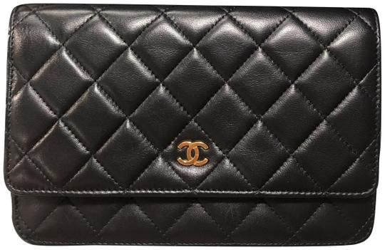 Preload https://img-static.tradesy.com/item/25548995/chanel-wallet-on-chain-classic-black-with-gold-hardware-lambskin-leather-cross-body-bag-0-1-540-540.jpg