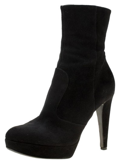 Preload https://img-static.tradesy.com/item/25549146/sergio-rossi-black-suede-platform-ankle-bootsbooties-size-eu-365-approx-us-65-regular-m-b-0-1-540-540.jpg