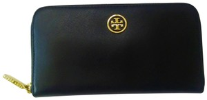 Tory Burch NEW Tory Burch Robinson Continental Black Saffiano Leather Wallet