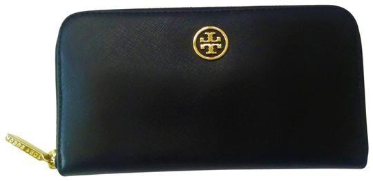 Preload https://img-static.tradesy.com/item/25550552/tory-burch-black-robinson-new-continental-saffiano-leather-wallet-0-1-540-540.jpg