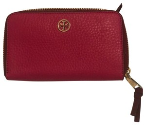 Tory Burch Robinson Tumbled Leather Wallet