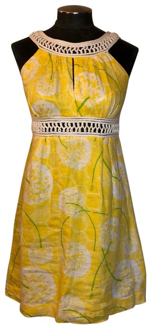 Preload https://img-static.tradesy.com/item/25552387/lilly-pulitzer-yellow-and-white-halter-neck-linen-dandelion-short-casual-dress-size-2-xs-0-1-650-650.jpg