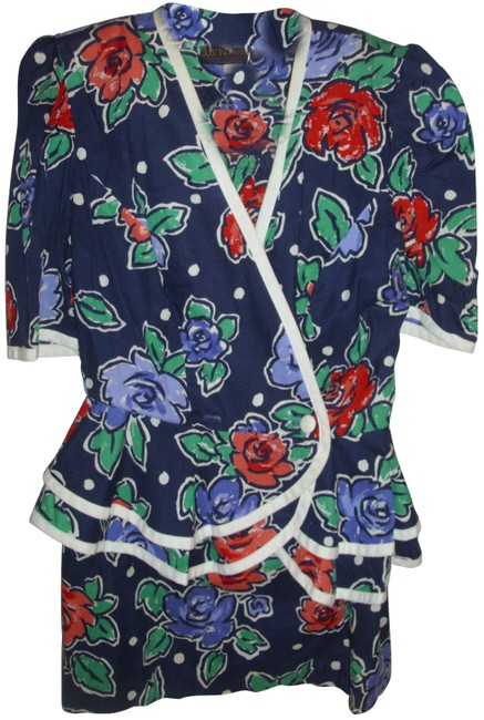 Preload https://img-static.tradesy.com/item/25552395/navy-bold-retro-floral-print-peblum-ruffle-tiered-jacket-a-line-skirt-suit-size-6-s-0-1-650-650.jpg
