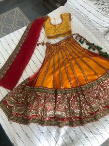 Red Yellow and Orange Gown Traditional Wedding Dress Size 6 (S)