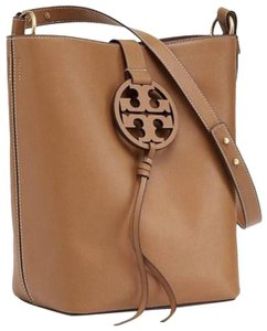 15156a8772b Tory Burch Hobos on Sale - Up to 70% off at Tradesy