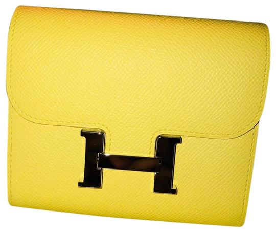 Preload https://img-static.tradesy.com/item/25552525/hermes-yellow-souffre-constance-compact-wallet-0-1-540-540.jpg