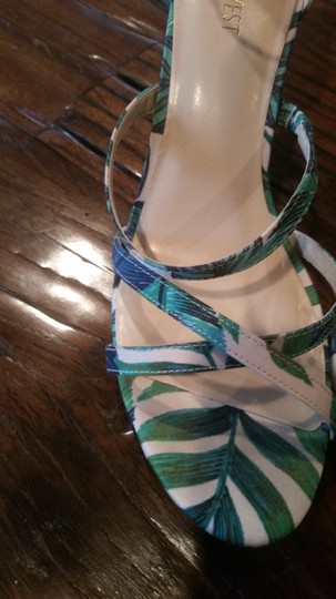 Nine West Green/Pink Sandals Image 2