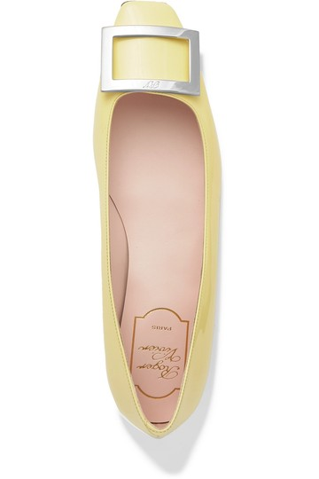 Preload https://img-static.tradesy.com/item/25552664/roger-vivier-trompette-patent-leather-ballet-flats-size-eu-375-approx-us-75-regular-m-b-0-0-540-540.jpg