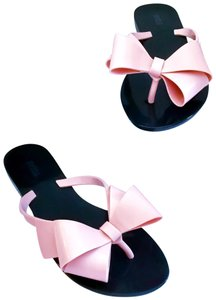 77ce57bd8 Melissa Black/Pink Sandals